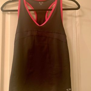 Champion tank with bra liner, medium